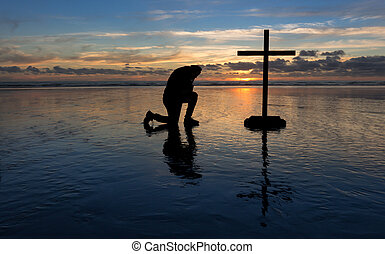 pregare, spiaggia, inginocchiandosi, uomo