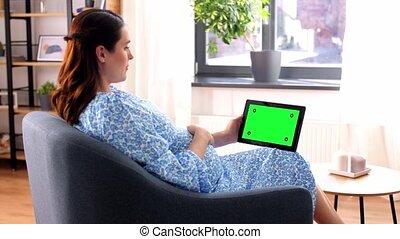 pregnant, maison, tablette, femme heureuse, pc
