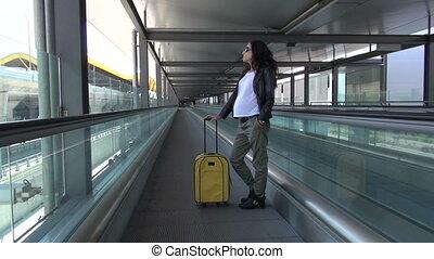 pregnant, moderne, escalato, walkway