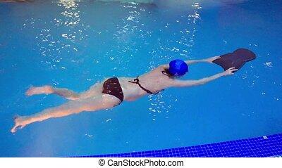 Pregnant woman swim in swimming pool - Pregnant woman swim,...