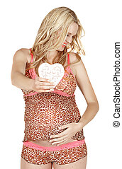 pregnant woman with heart.