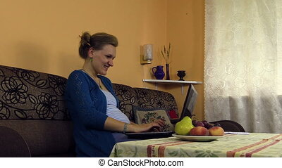 pregnant woman work