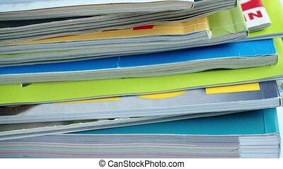 premier plan, coloré, foyer sélectif, edge., bord, magazines, pile