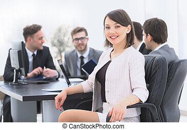 premier plan, femme, éditorial, equipe affaires