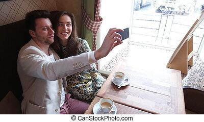 prendre, couple, café, selfie