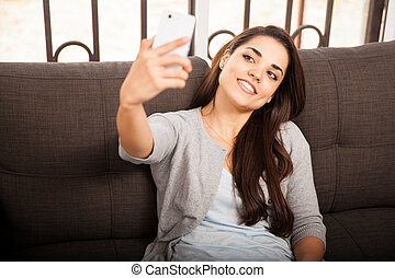 prendre, femme, selfie, jeune
