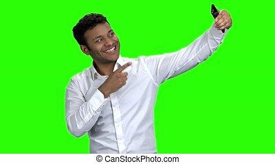 prendre, homme affaires, téléphone., selfie, mobile, beau