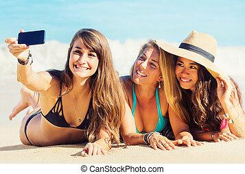 prendre, plage, filles, selfie