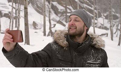 prendre, selfie, forêt, homme