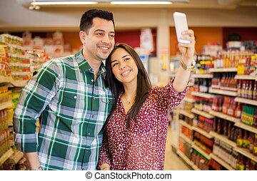 prendre, selfie, supermarché