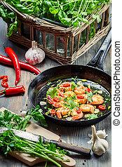 preparação, para, cozinhar, camarões, com, ervas