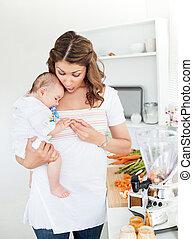 preparando, cuidado, alimento, madre