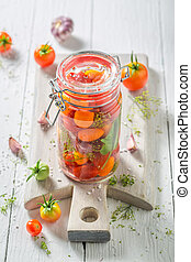 Preparation for fresh canned red tomatoes in summer
