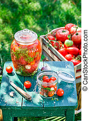 Preparation for pickled tomatoes in summer