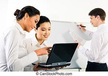 Preparation for seminar - Image of businesspeople preparing ...