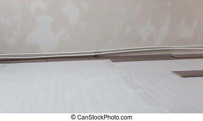 preparatory work for laying laminate flooring