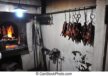 Prepared Beijing Duck - Preparation of Peking Duck at the Li...