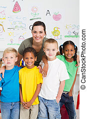 preschool, geitjes, en, leraar