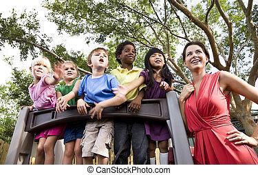 preschool, gyermekek játék, képben látható, játszótér, noha,...