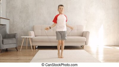 preschooler, sport, garçon, sauter, exercice, salle, corde, ...