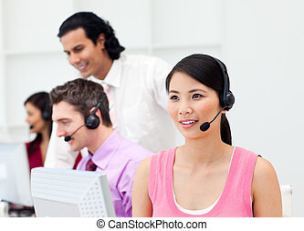 Presentation of an Asian customer agent and her team