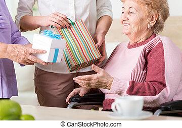 Presents for older lady