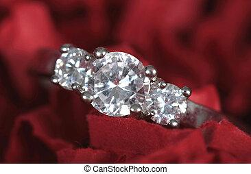 preso, anello, fidanzamento, closeup