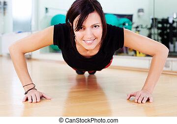 press-ups, gimnasio, mujer, ataque