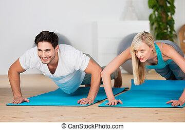press-ups, pareja, gimnasio, joven