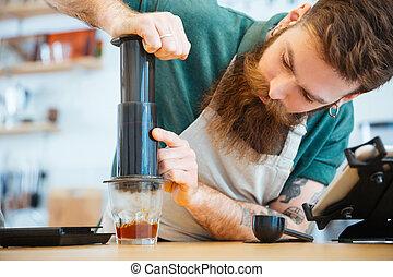 presse, café, barista, préparer