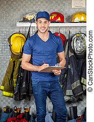 presse-papiers, brûler, pompier, confiant, station, tenue