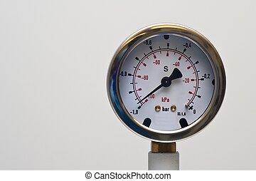 Pressure dial showing negative pressure