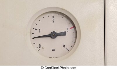 Pressure gauge of a heating system