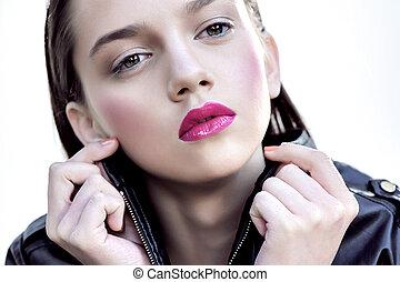 pretty brunet beauty portrait - fashion women whith red lips...
