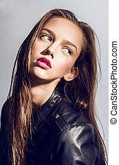 pretty brunet beauty portrait - sexy beautiful women brunet...