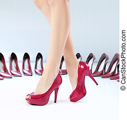 Pretty feets on the high-heel shoes - Pretty female feets on...