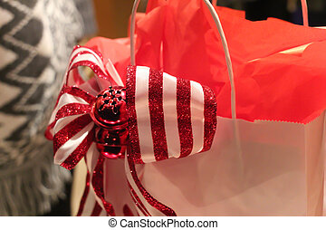 pretty red and white striped bow