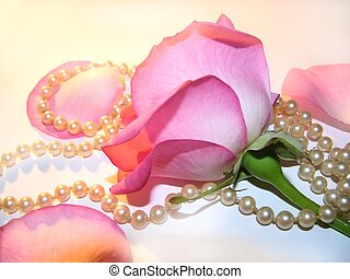 pretty things#2 - rose and pearls