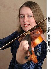Pretty Violinist 2