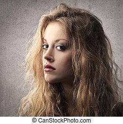 pretty woman - portrait of a pretty blonde woman