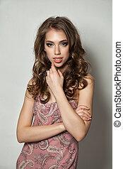 Pretty Woman with Wavy Hair. Girl in Summer Dress, Fashion Portrait