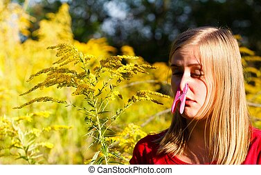 Preventing Allergy - Preventing inspiration of ragweed...