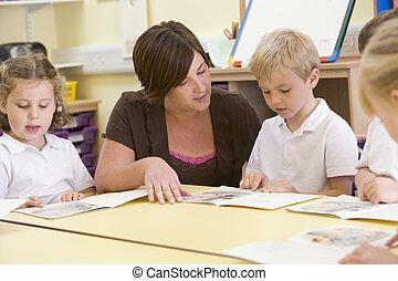 primario, profesor, su, alumnos, lectura, clase