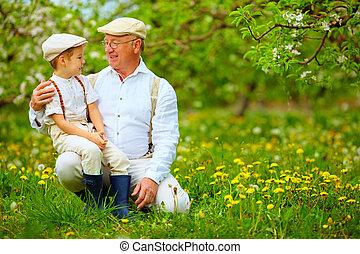 primavera, felice, giardino, nipote, nonno