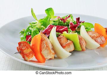 primavera, kebab shish, insalata