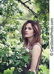 primavera, modelo, menina, com, moda, corte cabelo, e, makeup., perfeitos, beleza