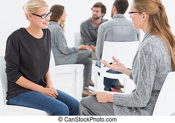 primeiro plano, sessão, cliente, terapeuta, grupo, terapia