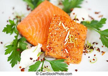 primer plano, de, cocinado, salmón, rebanadas, en, placa