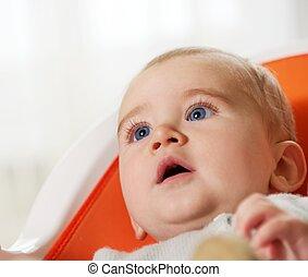 primer plano, de, un, bebé hermoso