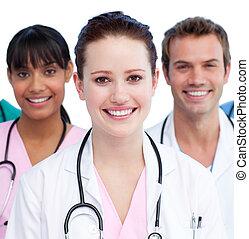 primer plano, de, un, doctor, y, ella, equipo médico